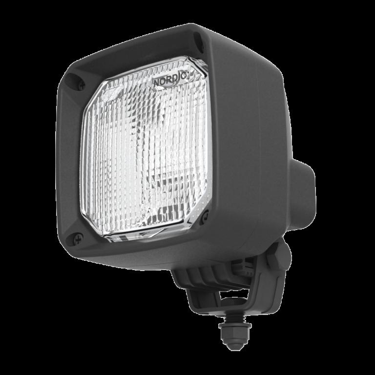 Оснащаем экскаватор-погрузчик ANT2321 фарами N25 от NORDIC LIGHTS®
